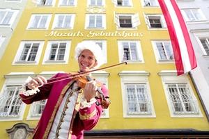 Mozart-Radweg - Mozarts Geburtshaus Quelle: Tourismus Salzburg GmbH, B. Reinhart